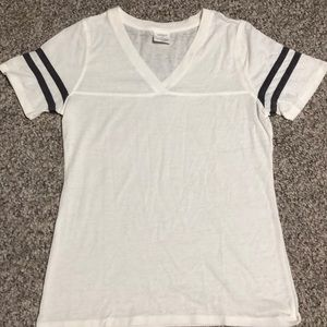 Like new V neck tee with striped sleeves